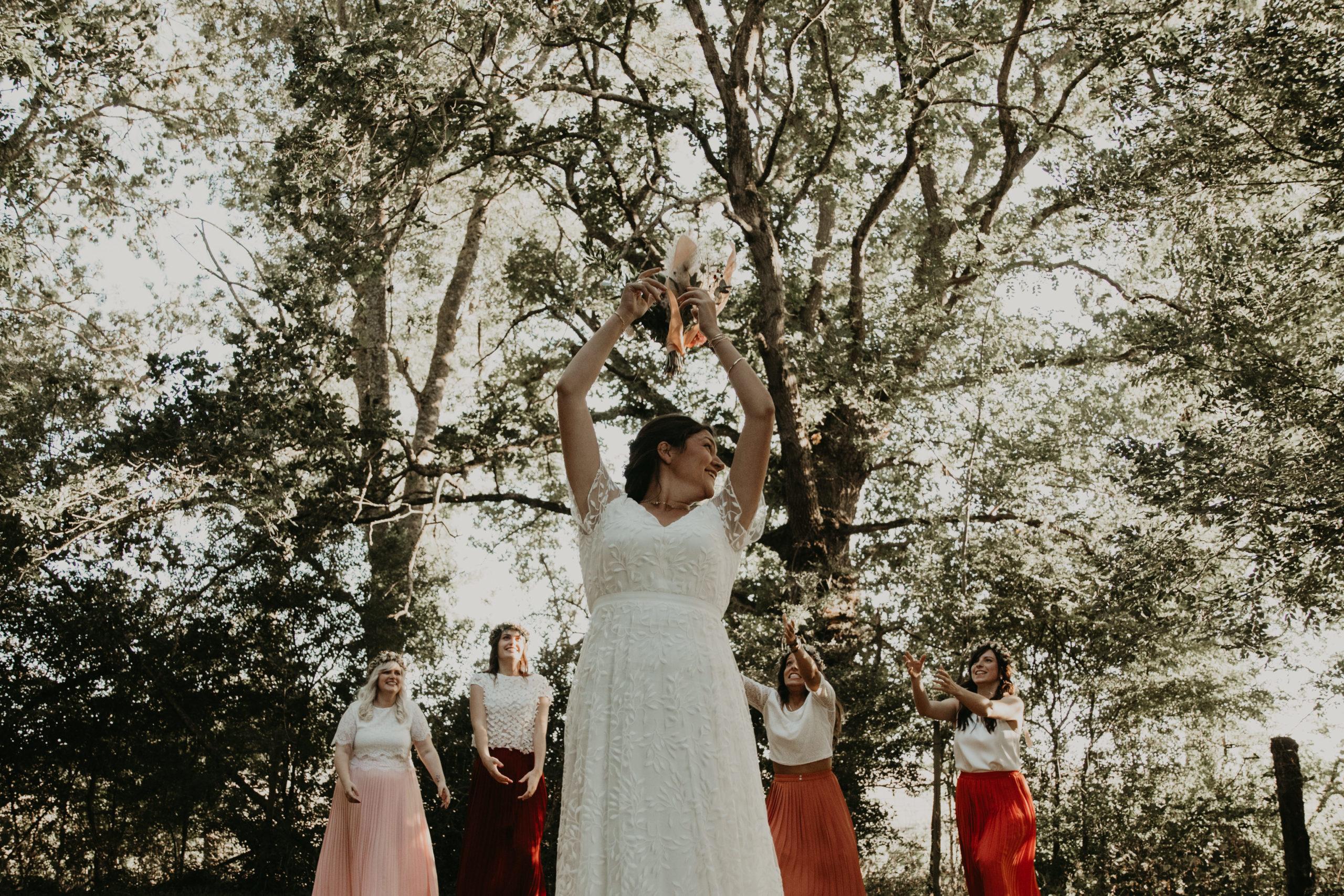 lancé de bouquet cérémonie maison solstice