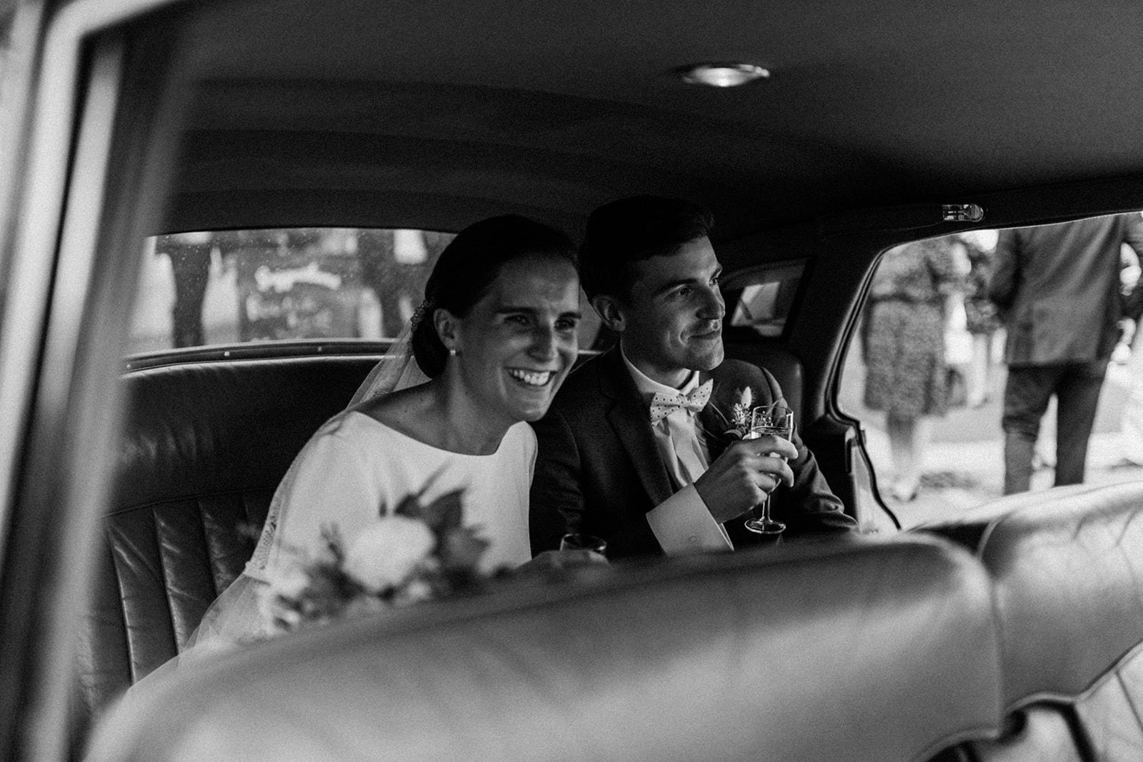 mariés - location voiture mariage sarthe